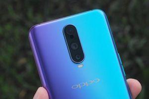 Oppo công bố giá bán smartphone 3 camera ở Việt Nam