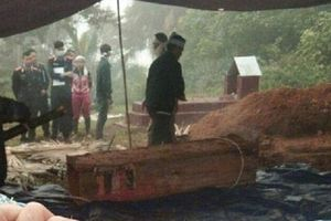 Hà Giang: Con trai sát hại bố vội chôn cất, công an khai quật tử thi lộ diện hung thủ