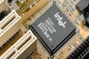 Giá tiền ảo hôm nay (1/12): Intel nhận bằng sáng chế giúp đào Bitcoin tiết kiệm điện