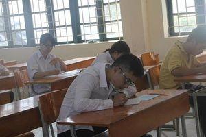 Kỳ thi THPT Quốc gia 2019: Thí sinh lo lắng vì phạm vi đề thi bao gồm cả kiến thức lớp 10