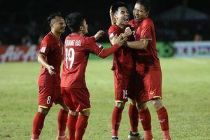 'Song Đức' lập công, đội tuyển Việt Nam đánh bại tuyển Philippines