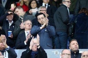 Cổ động viên Watford tri ân cố Chủ tịch Leicester Vichai