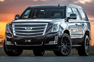 Xe sang Cadillac Escalade Sport giá rẻ chỉ 1,98 tỷ đồng