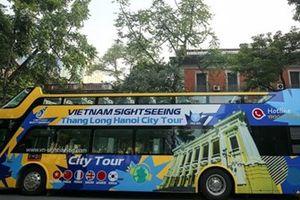 Khám phá các di tích Hà Nội bằng xe buýt 2 tầng mui trần