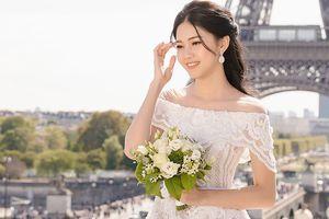 Á hậu Thanh Tú khoe ảnh cưới đẹp như cổ tích ở Paris trước 'Giờ G'