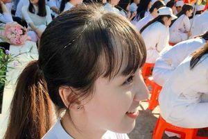 Nữ sinh Bình Phước sở hữu 'góc nghiêng thần thánh'