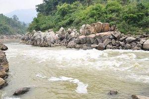 Sơn La: Tắm ở Sông Mã, một học sinh lớp 7 bị nước cuốn trôi