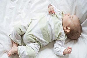 Bật mí những điểm đặc biệt về giấc ngủ trẻ sơ sinh giúp cha mẹ tự tin chăm con