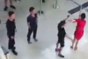 Nhân viên an ninh sân bay thờ ơ với hành vi hành hung nhân viên Vietjet sẽ bị xử phạt nghiêm