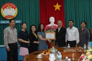 Mặt trận Đắk Lắk trao 300 triệu đồng khắc phục thiệt hại do bão số 8