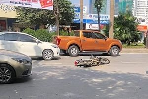 Nam sinh cấp 3 lái ô tô gây tai nạn liên hoàn