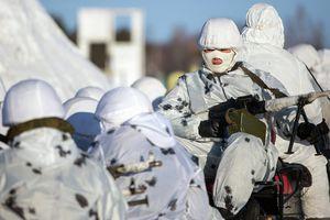 Nga đi nước cờ quân sự hiểm sau lưng NATO?