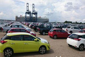 BẢN TIN TÀI CHÍNH-KINH DOANH: Ôtô nhập khẩu miễn thuế tăng mạnh, tăng cường đối thoại để 'gỡ khó' cho doanh nghiệp