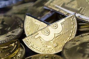 Mất 70 tỷ USD vốn hóa, Bitcoin chốt tháng 11 tồi tệ nhất 8 năm