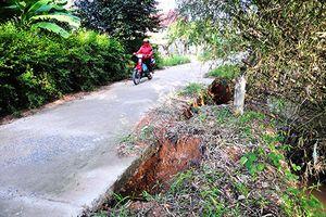Cam Lâm: Khắc phục tạm thời các tuyến đường giao thông
