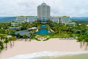InterContinental Phu Quoc Long Beach Resort đoạt giải World Travel Awards 2018