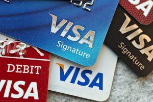 Có nên từ bỏ thẻ Visa vì nguy cơ mất tiền rất cao?
