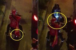 Clip: Nẹt pô ăn mừng tuyển Việt Nam trên phố và cái kết đắng