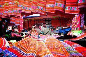 'Sắc hoa' Làng Văn hóa - Du lịch các dân tộc Việt Nam