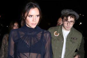 Victoria Beckham dự sự kiện cùng chồng giữa tin hôn nhân trục trặc