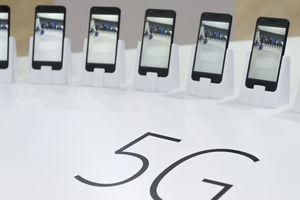 Samsung sẽ tung smartphone 5G năm sau, iPhone đến 2020