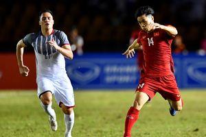 Công Phượng và hàng thủ tuyển Việt Nam có đáng bị chỉ trích?