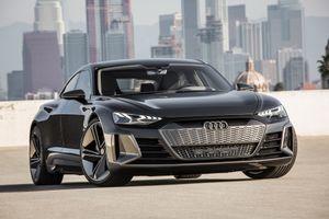 Siêu xe của Audi đồng hành cùng bom tấn Avengers 4