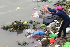 Vứt rác xuống hồ nước sinh hoạt bị xử lý thế nào?