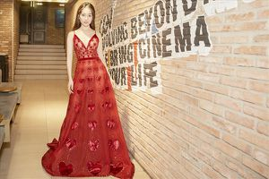 Sara Lưu: 'Chỉ cần quyết tâm và đam mê, ca sĩ sẽ thành công'