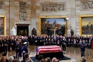 Linh cữu cựu Tổng thống Bush 'cha' được đặt tại tòa nhà quốc hội Mỹ