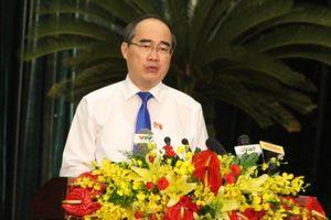Bí thư TP.HCM: Công chức không làm được việc thì tránh sang một bên
