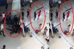 Xử phạt bốn nhân viên an ninh ở sân bay Thọ Xuân