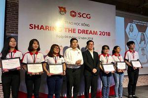 Tập đoàn SCG trao 20 suất học bổng toàn phần cho sinh viên