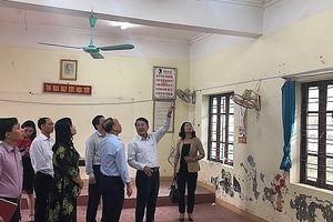 Phó chủ tịch UBND TP Hải Phòng yêu cầu trường tiểu học Lý Học nhanh chóng khắc phục phòng học bị hư hỏng