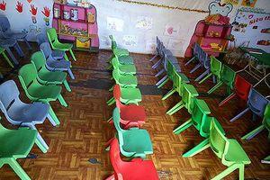 Đồng loạt cho trẻ nghỉ học vì nghi thực phẩm 'bẩn'