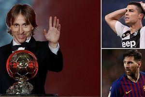 Vượt Messi, C.Ronaldo, Modric đoạt danh hiệu 'Quả bóng Vàng'