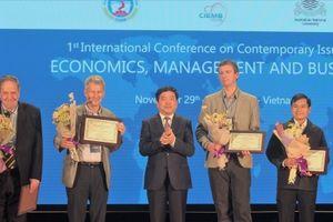 Nhiều vấn đề bàn thảo tại Hội thảo các vấn đề đương đại trong Kinh tế, Quản trị và Kinh doanh