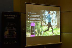 Fitbit Charge 3 ra mắt thị trường Việt: thiết bị theo dõi sức khỏe giá từ 3,8 triệu