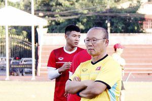 Áp lực sân nhà mà HLV Park Hang-seo phải hóa giải