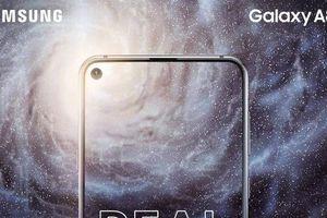 Không phải Galaxy S10, Galaxy A8s là smartphone đầu tiên có màn hình Infinity-O