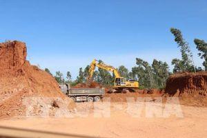 Bình Định: Doanh nghiệp san phẳng quả đồi khi chưa được cấp phép khai thác