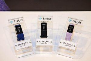 Fitbit Charge 3 chính thức có mặt tại VN với giá 3,7 triệu