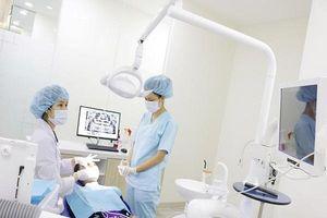 Nha khoa Kim tặng gói dịch vụ chăm sóc răng miệng miễn phí 1 năm cho khách hàng