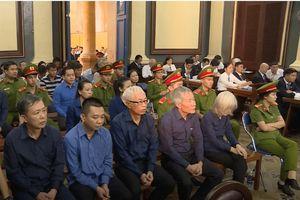 Trần Phương Bình và trợ thủ đắc lực đối lập tại tòa