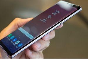 Bi hài Note 9 được quảng cáo bằng iPhone