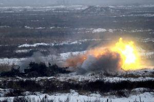 Ukraine 'rầm rộ' tập trận giữa lúc căng thẳng với Nga