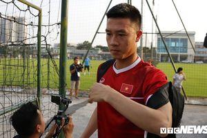 Tuyển Philippines chỉ còn 15 cầu thủ, Huy Hùng vẫn cảnh báo tuyển Việt Nam