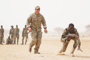 'Đòn giáng mới' không chùn bước quân đội Mỹ tại lục địa đen