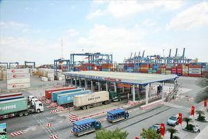 Kim ngạch xuất nhập khẩu tăng mạnh, thu thuế đạt hơn 284.000 tỉ đồng