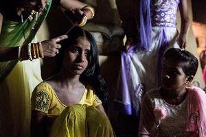 Phận đời bi đát của những cô dâu trẻ em tại Ấn Độ